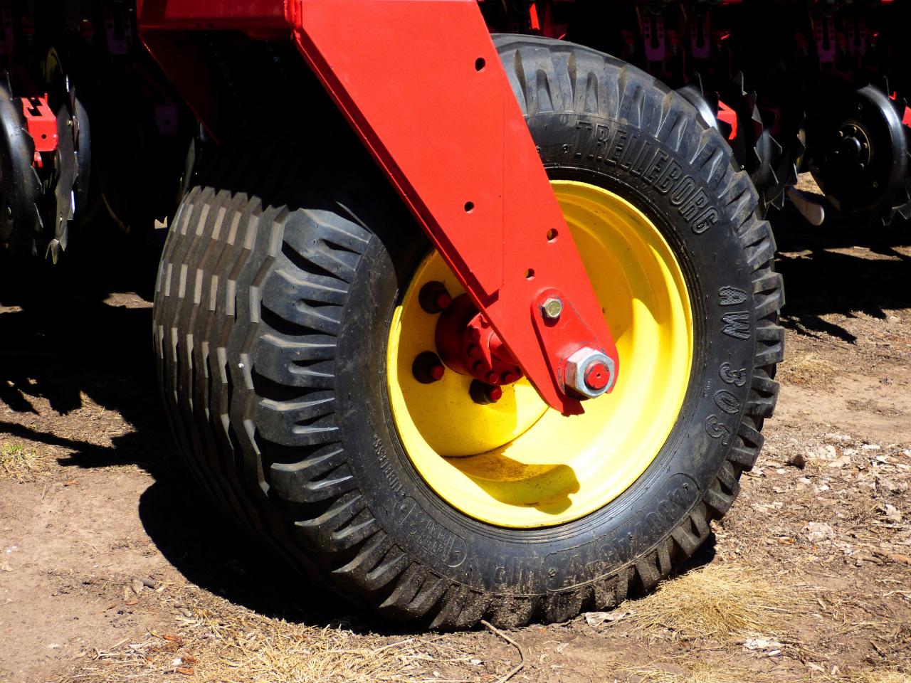 Napełnianie maszyn rolniczych cieczą